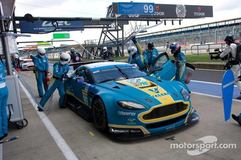 #99 Aston Martin Racing, Aston Martin Vantage V8: Alex MacDowall, Darryl O'Young, Fernando Rees