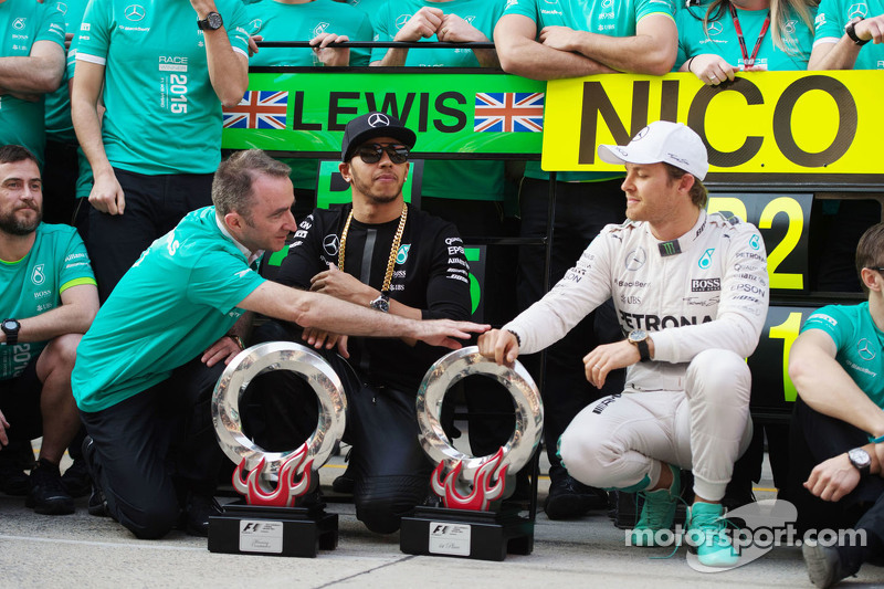 Paddy Lowe Mercedes AMG F1 Executive Director with race winner Lewis Hamilton Mercedes AMG F1 and second placed Nico Rosberg Mercedes AMG F2