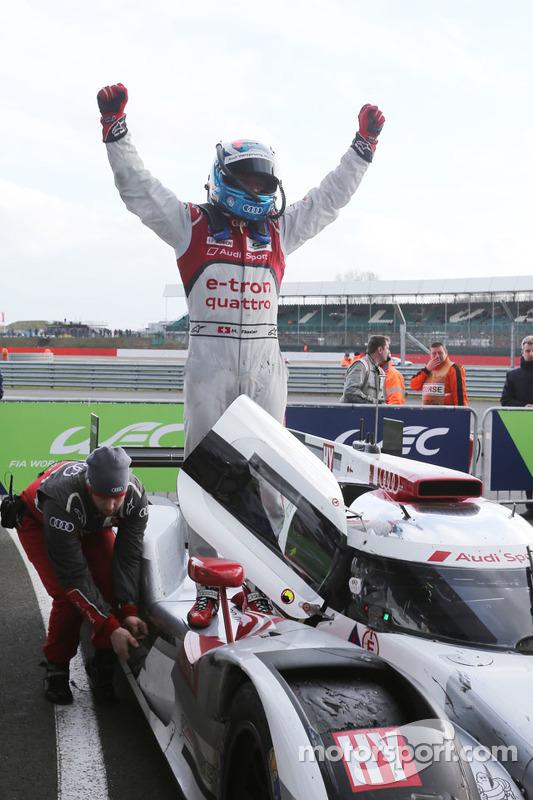 Para juara balapan: #7 Audi Sport Team Joest R18 e-tron quattro: Marcel Fassler, Andre Lotterer, Ben