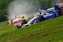 Accident pour Simon Pagenaud, Team Penske Chevrolet