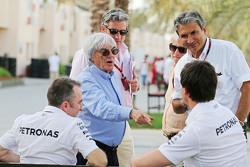 Падди Лоу, Mercedes AMG F1, Берни Экклстоун и Тото Вольф, Mercedes AMG F1