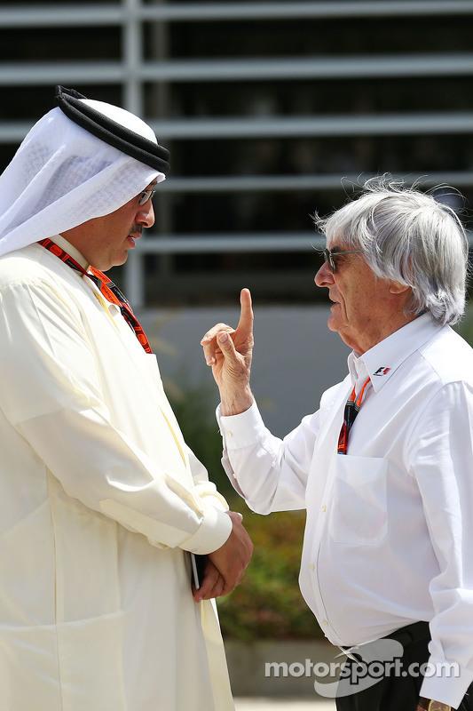 Sheikh Mohammed bin Essa Al Khalifa CEO of the Bahrain Economic Development Board, dan McLaren Share
