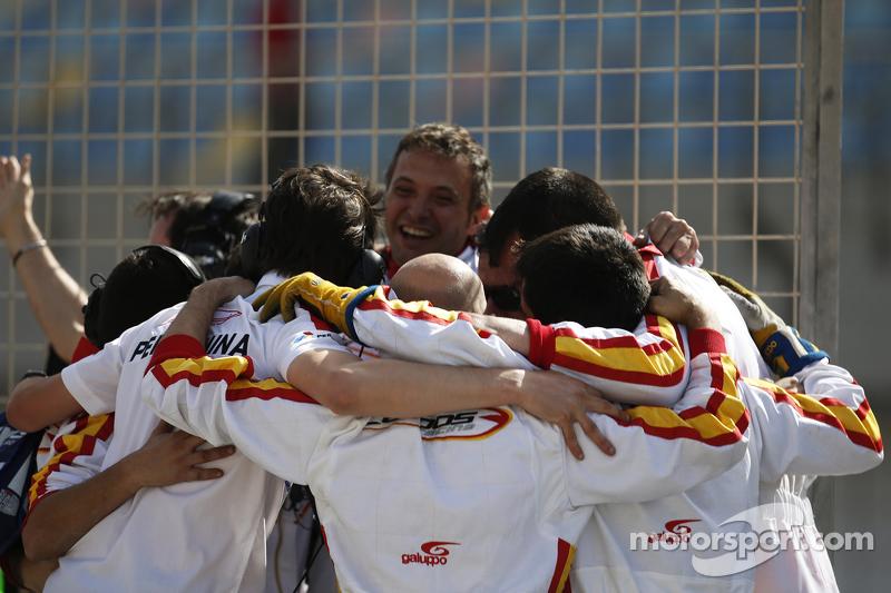 Campos Racing team святкування