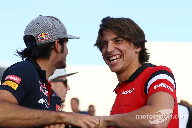 Карлос Сайнс мол., Scuderia Toro Rosso та Роберто Мері, Manor F1 Team