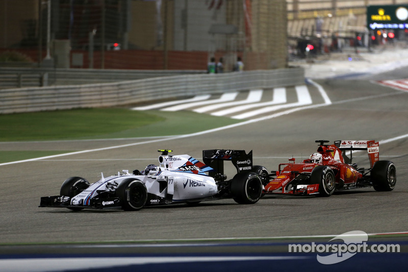 Valtteri Bottas, Williams F1 Team, und Sebastian Vettel, Scuderia Ferrari