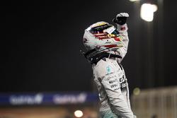 Рлбедитель гонки Льюис Хэмилтон, Mercedes AMG F1