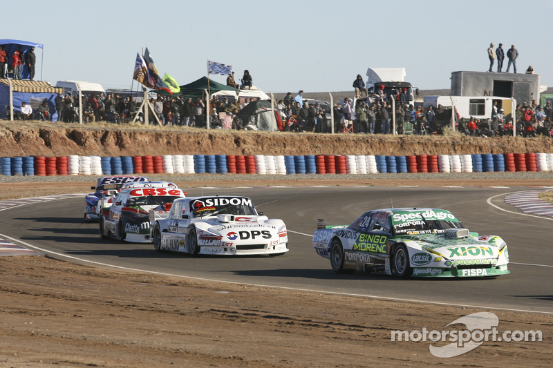 Emiliano Spataro, UR Racing, Dodge; Leonel Sotro, Alifraco Sport, Ford; Carlos Okulovich, Maquin Par