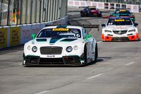 Bentley Team Dyson Racing