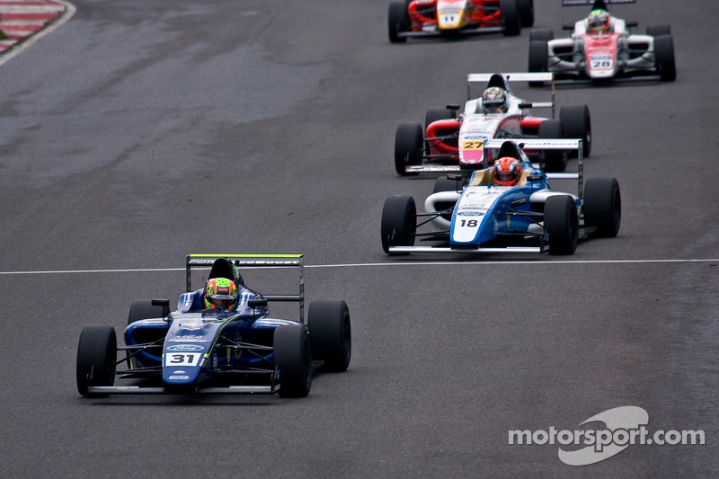 Lando Norris leads from the start