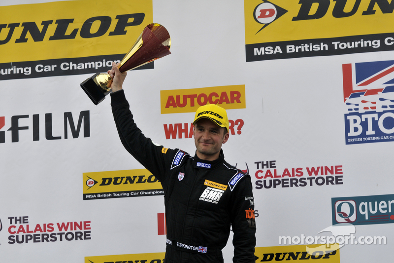 Podium: Third placed Colin Turkington