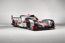Low-downforce Audi R18