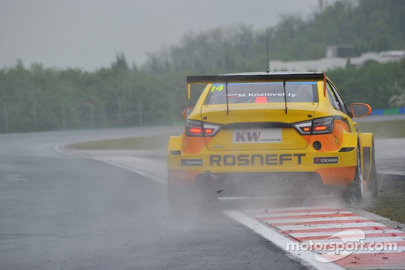 Михайло Козловський, Lada Vesta WTCC , Lada Sport Rosneft