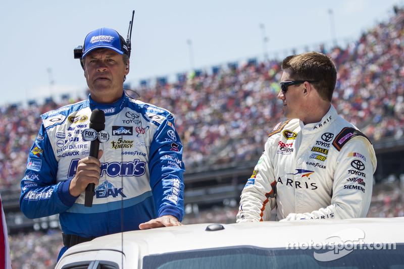 Майкл Уолтріп та Карл Едвардс, Joe Gibbs Racing Toyota
