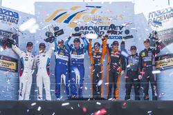 比赛获胜者GTLM, #24 宝马车队RLL,宝马 Z4 GTE: John Edwards, Lucas Luhr, P;#90 访问弗罗里达车队,Corvette DP: Richard West