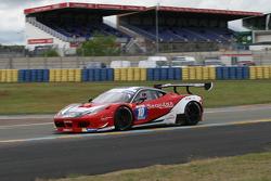 #10 Team AKKA ASP Ferrari 458 Italia : Pascal Gibon, Christophe Bourret, Jean-Philippe Belloc