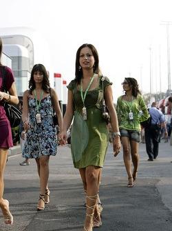 Formula Unas girl Roberta Remoli, Claudia Cimini et Barbara Silva