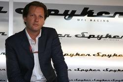 Conférence de presse Spyker MF1 Racing : Michiel Mol, futur directeur de Formula One Racing de Spyker et Spyker MF1 Racing