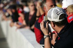 Fans snap pictures of the grid activity