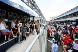 Formula Unas: the Formula Unas at the Scuderia Toro Rosso pit perch