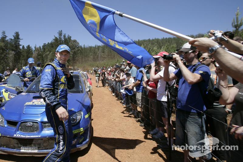 Petter Solberg avec des fans