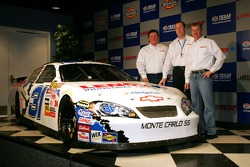 Jeff Burton, Eric Pinkham, Director of Motorsports for LENOX industrial Tools, and car owner Richard Childress, stand next to the #31 LENOX Industrial Tools Chevrolet, which Jeff Burton will drive in 2 races during the 2007 season