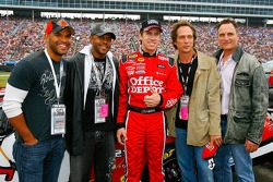 Actors Amaury Nolasco, Rockmond Dunbar, William Fichtner and Kim Coates pose for photographs with Carl Edwards