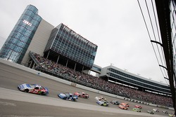 Brian Vickers and Kurt Busch lead the field in the opening lap