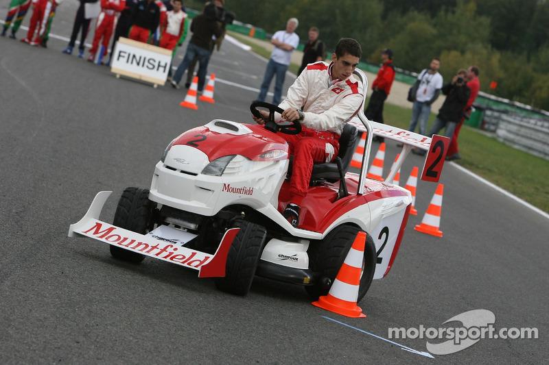 Journée des RP, Mountfield Cup on Tractors : Sébastien Buemi