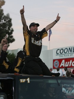 Tony Schumacher wins the race, sets the world ET record, and the championship
