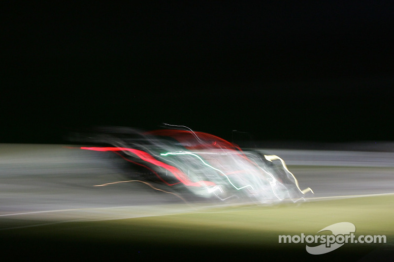 #007 Aston Martin Racing Aston Martin DB9: Tomas Enge, Darren Turner