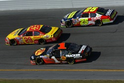 Kevin Harvick leads Martin Truex Jr. and Casey Mears