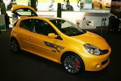Renault Clio Renaultsport 197 F1 Team R28