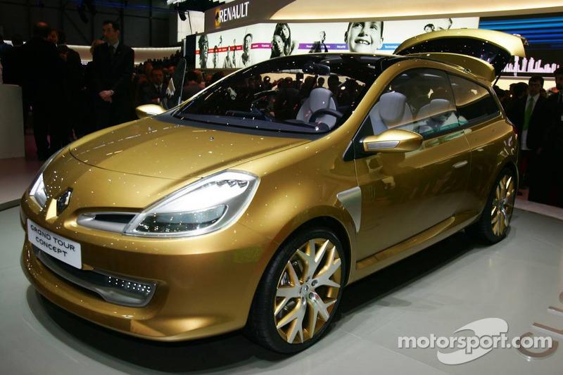 Renault Clio Grand Tour Concept At Geneva Motor Show Automotive Photos