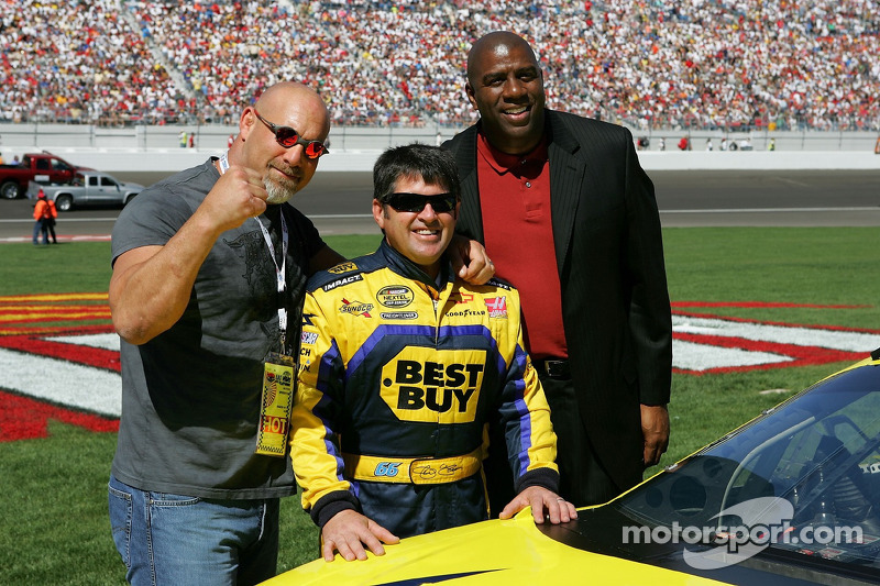 Bill Goldberg, Jeff Green et Magic Johnson