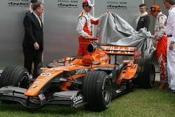 Christijan Albers, Spyker F1 Team and Adrian Sutil, Spyker F1 Team, Spyker F1 Team, Announce new title sponsor, Etihad Airways