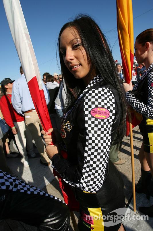Une charmante Flag Girl