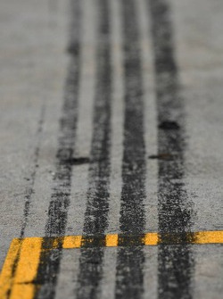 Bridgestone tire Marks