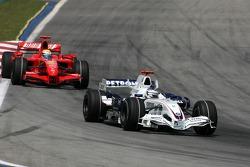 Felipe Massa, Scuderia Ferrari, Nick Heidfeld, BMW Sauber F1 Team