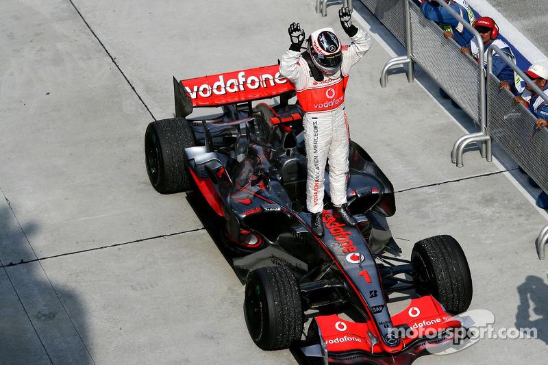 2007. Фернандо Алонсо, McLaren Mercedes