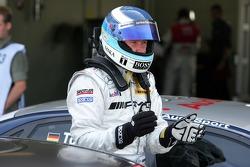Pole position for Mika Hakkinen, Team HWA AMG Mercedes