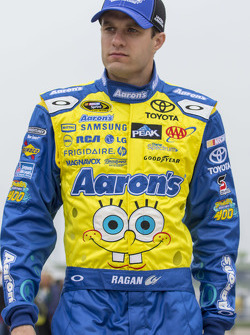 David Ragan, Michael Waltrip Racing 丰田