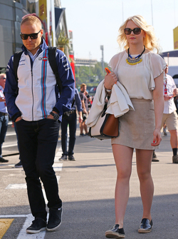 Valtteri Bottas, Williams and girlfriend Emilia Pikkarainen