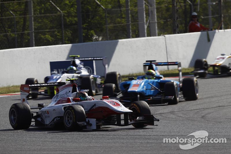 Марвін Кірчхофер, ART Grand Prix лідирує  Пел Вархауг, Jenzer Motorsport & Джіммі Еріксон, Koiranen GP
