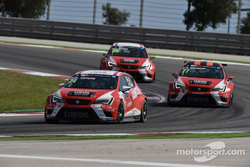 Pepe Oriola, SEAT Leon, Craft Bamboo Racing LUKOIL, Sergey Afanasyev, SEAT Leon, Craft Bamboo Racing LUKOIL and Jordi Gene, SEAT Leon, Craft Bamboo Racing LUKOIL