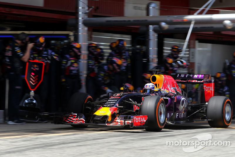 Daniel Ricciardo, Red Bull Racing, beim Boxenstopp