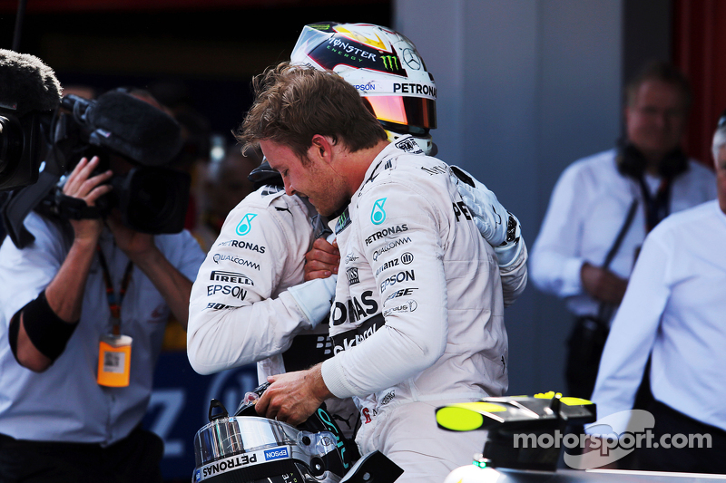 Race winner Nico Rosberg, Mercedes AMG F1 celebrates in parc ferme with second placed team mate Lewi