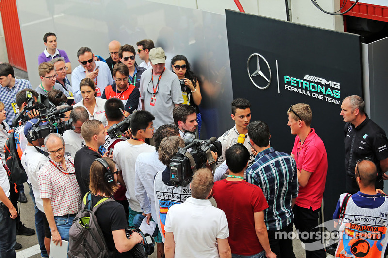 帕斯卡尔·维尔莱茵, 梅赛德斯AMG车队 F1试车手,和媒体