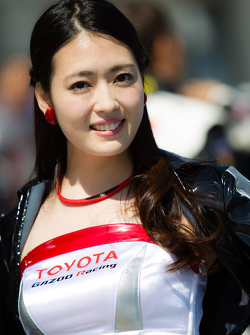 Una fantastica ragazza Gazoo Racing