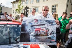 #30 Frikadelli Racing Porsche 997 GT3 R