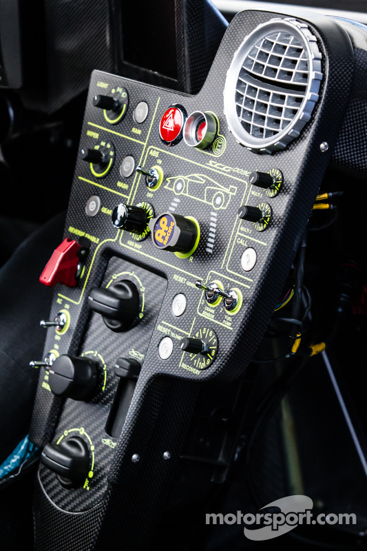 Scuderia Cameron Glickenhaus SCG003C interior detail